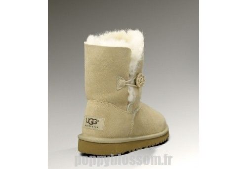 Non inclus Ugg Bottes Bailey-004 Bouton de sable?